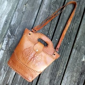 🇨🇦 Hand Crafted and Tooled Leather Purse
